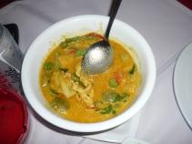 Tavuklu, hindistan cevizi suyuna çorba ( benim favorim!!)